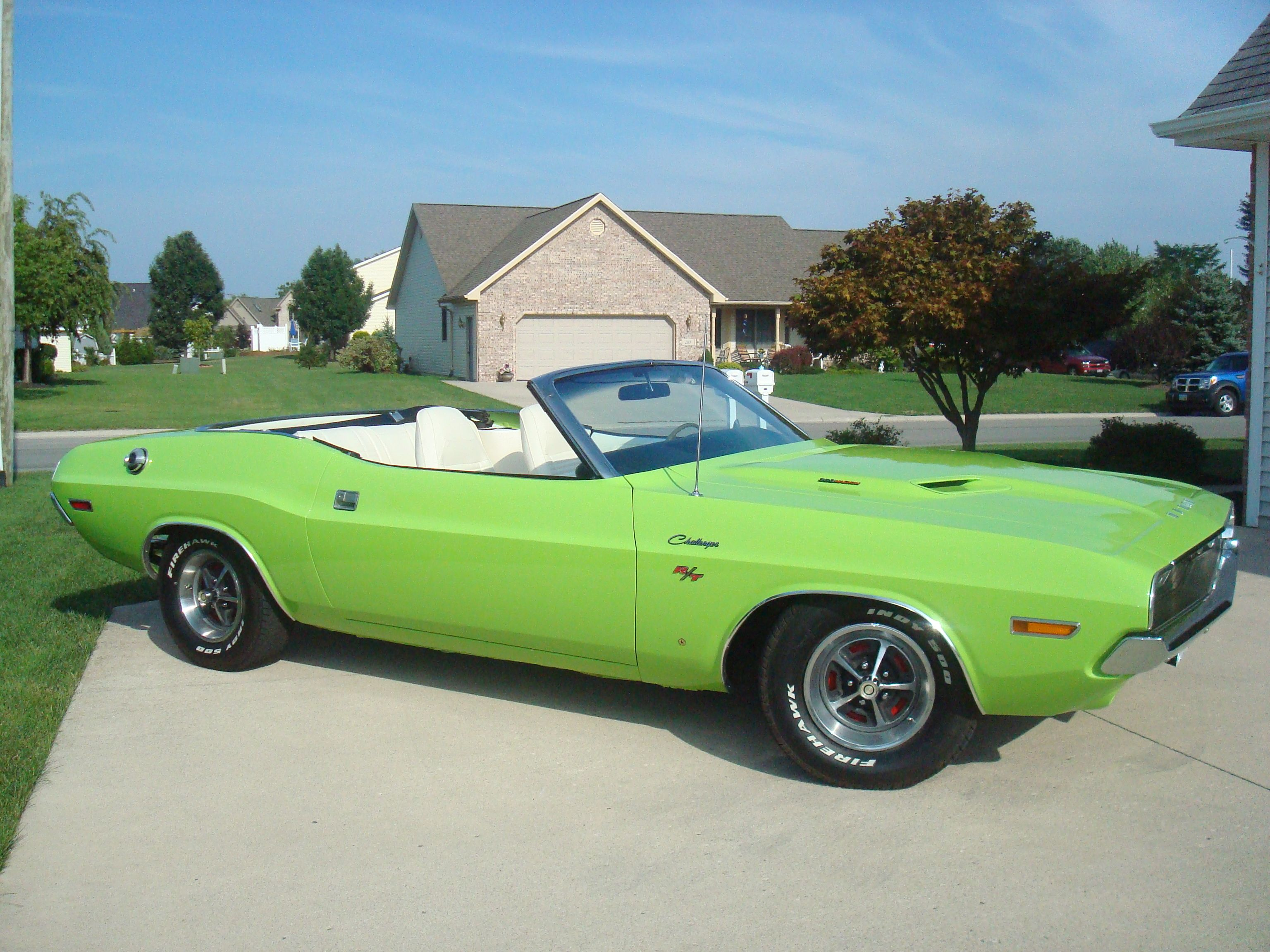 Classic muscle cars 1970 dodge challenger r t convertible