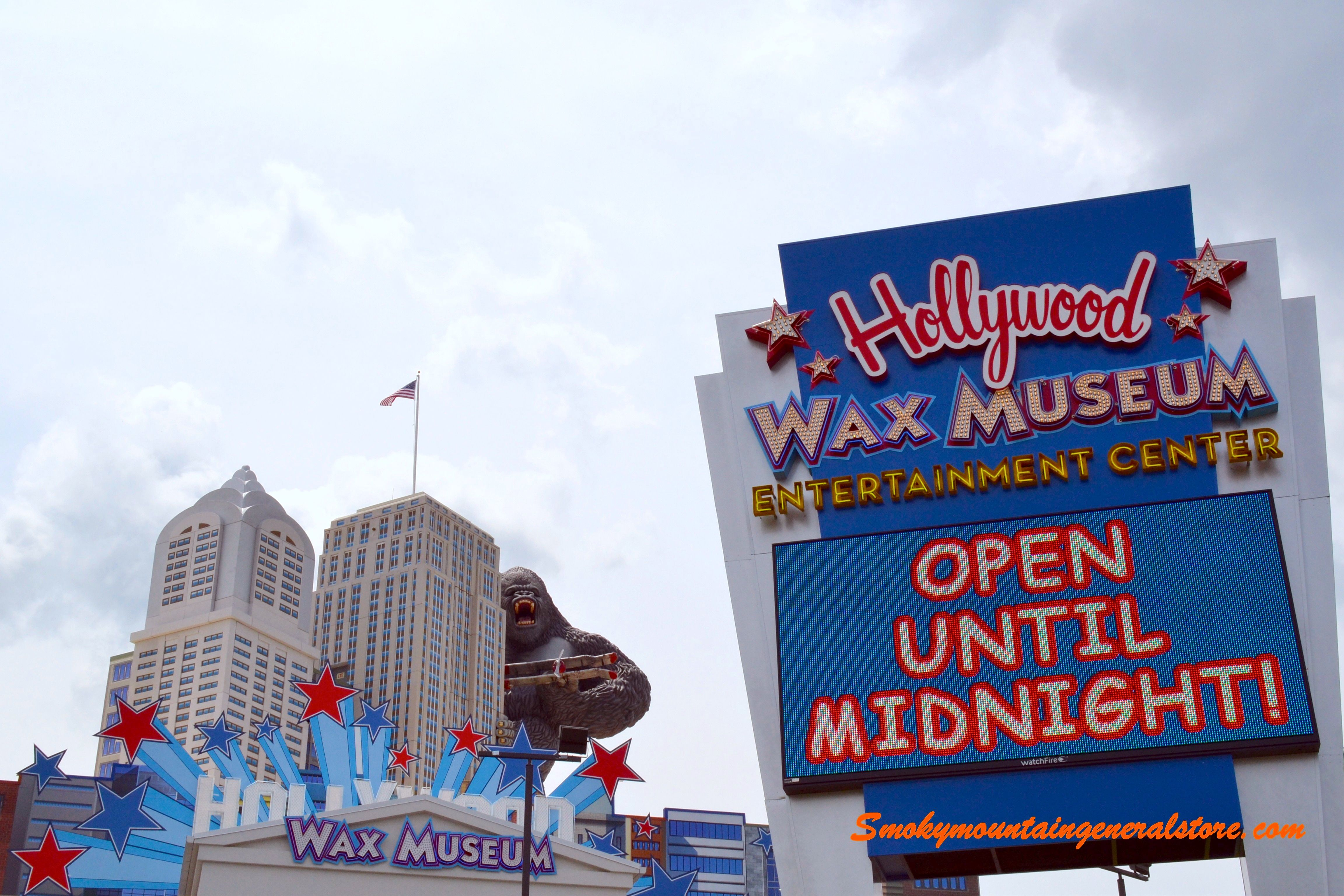 The Hollywood Wax Museum in Pigeon Forge - This is such a fun place to go!