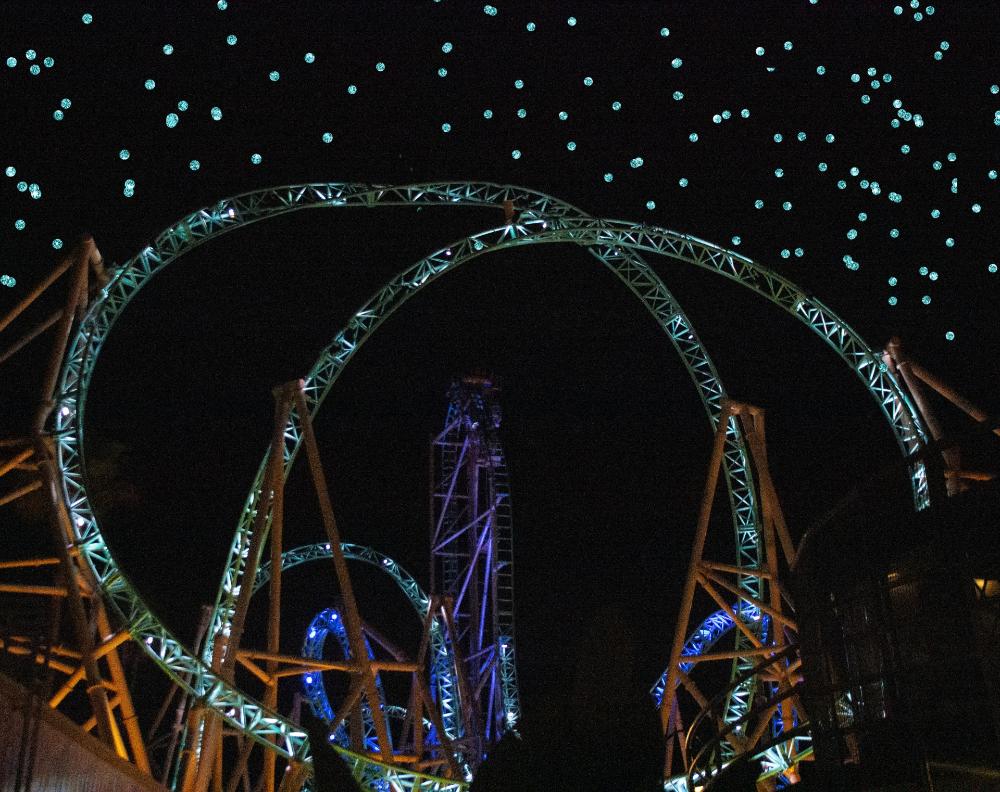 Обои Rollercoaster ride, ночь. Города