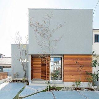 施工例 愛知の家 グレーと木の質感で上品に トランスデザイン