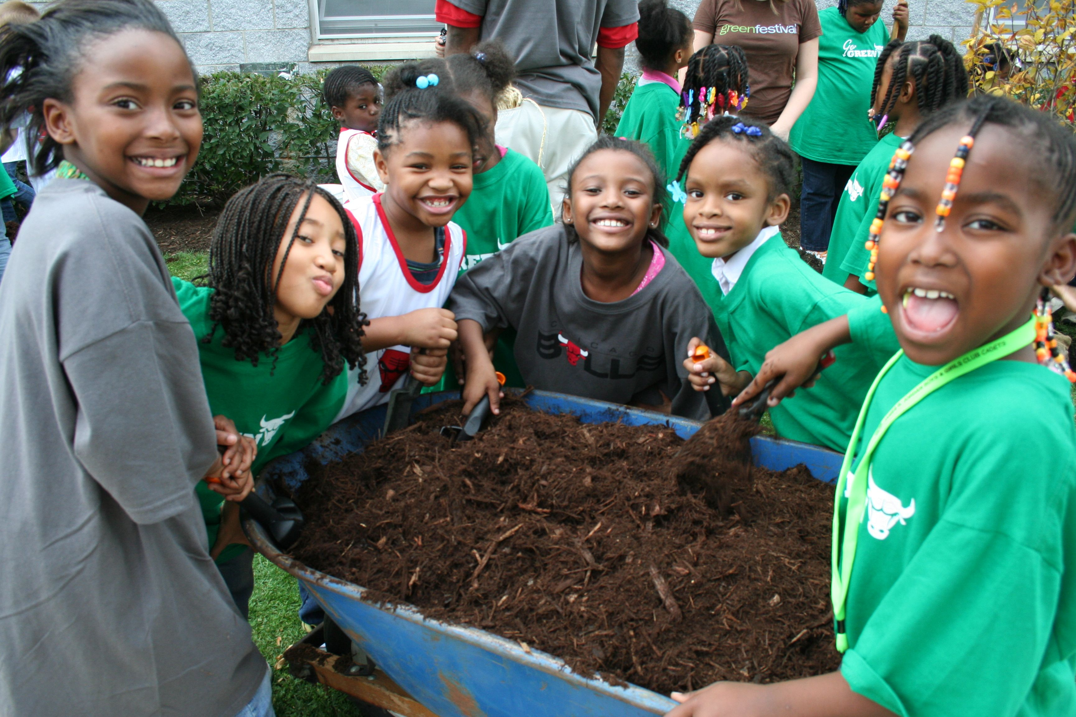 (10-13-2010) Chicago Bulls #greeningchicago www.gatewaygreen.org