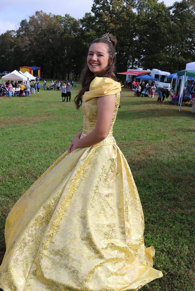 Good One Of Our Lovely Belle Princess Dresses. Perfect Costume For Any  Cosplayer. Satin Brocade Skirt Wide Enough To Fit Any Hoop Or Crinoline Au2026
