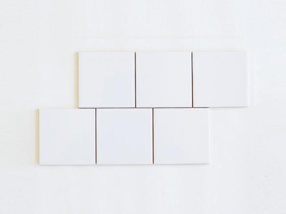 Daltile Semi Gloss White 4 1 4 In X 4 1 4 In Ceramic Wall Tile In 2020 Ceramic Wall Tiles Daltile White Square Tiles