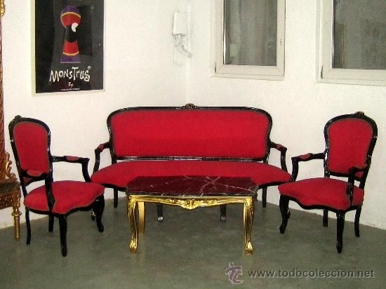 Banco 3 plazas estilo francés tapizado en rojo. Ideal decoración ...