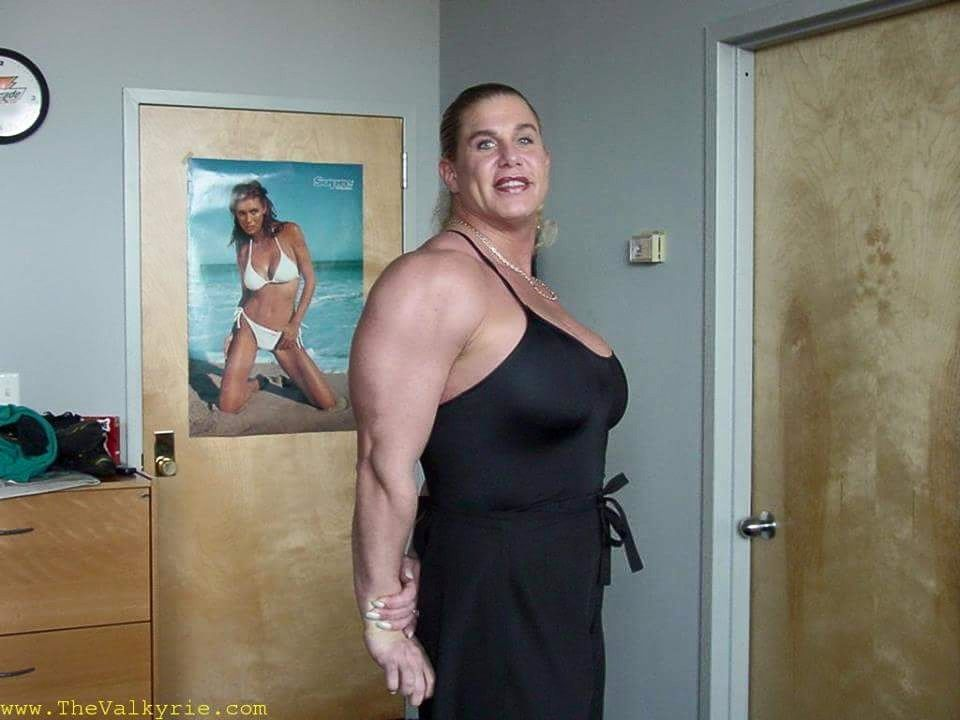 single bbw women in strong Sexy bbw - big beautiful ladies 23,381 likes 273 talking about this wwwsexy-bbw-singlescom celebrates big beautiful ladies show off your curves.