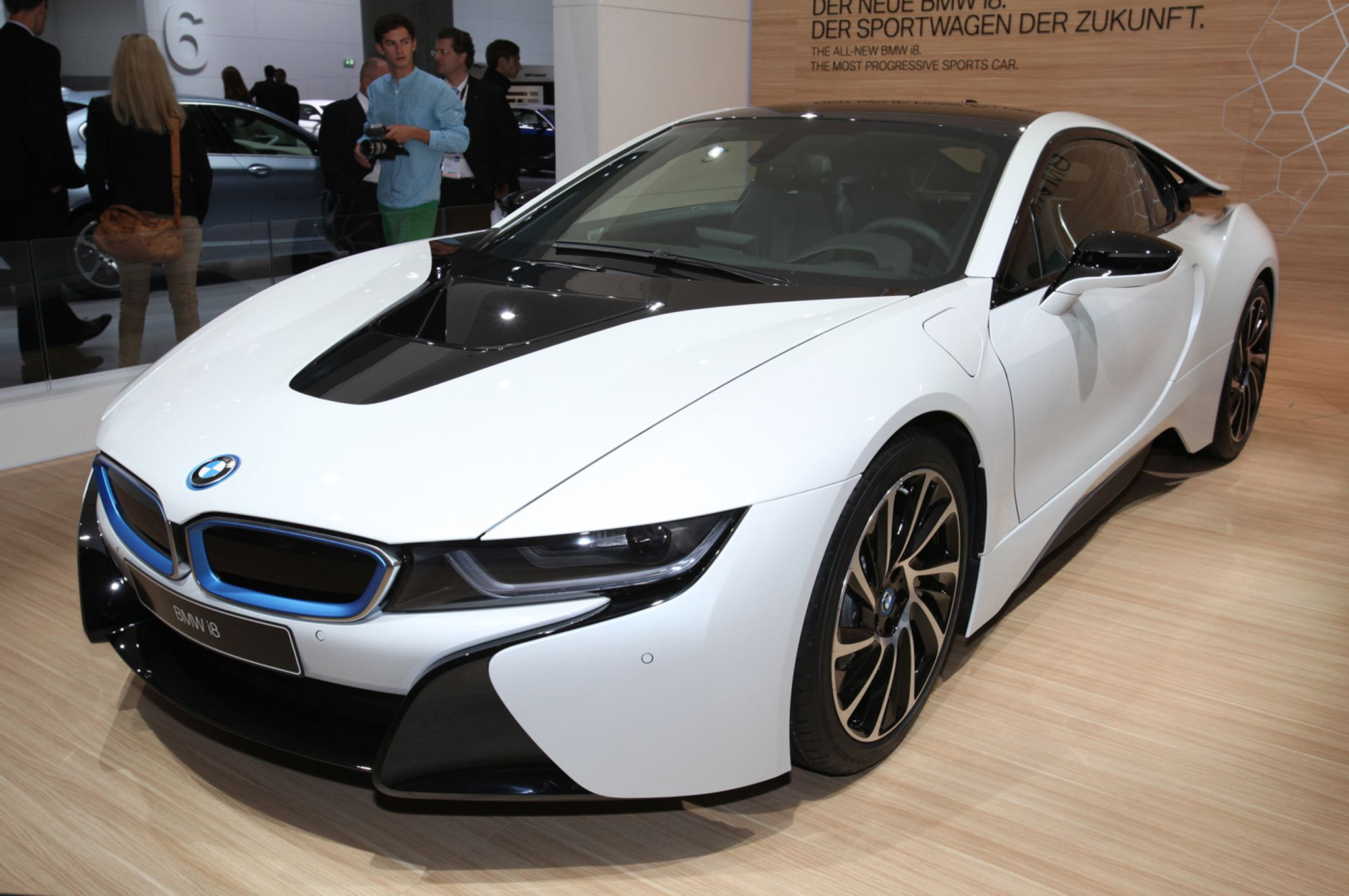 Bmw i8 follow my instagram at ezrascarpics bmw pinterest bmw i8 bmw and cars