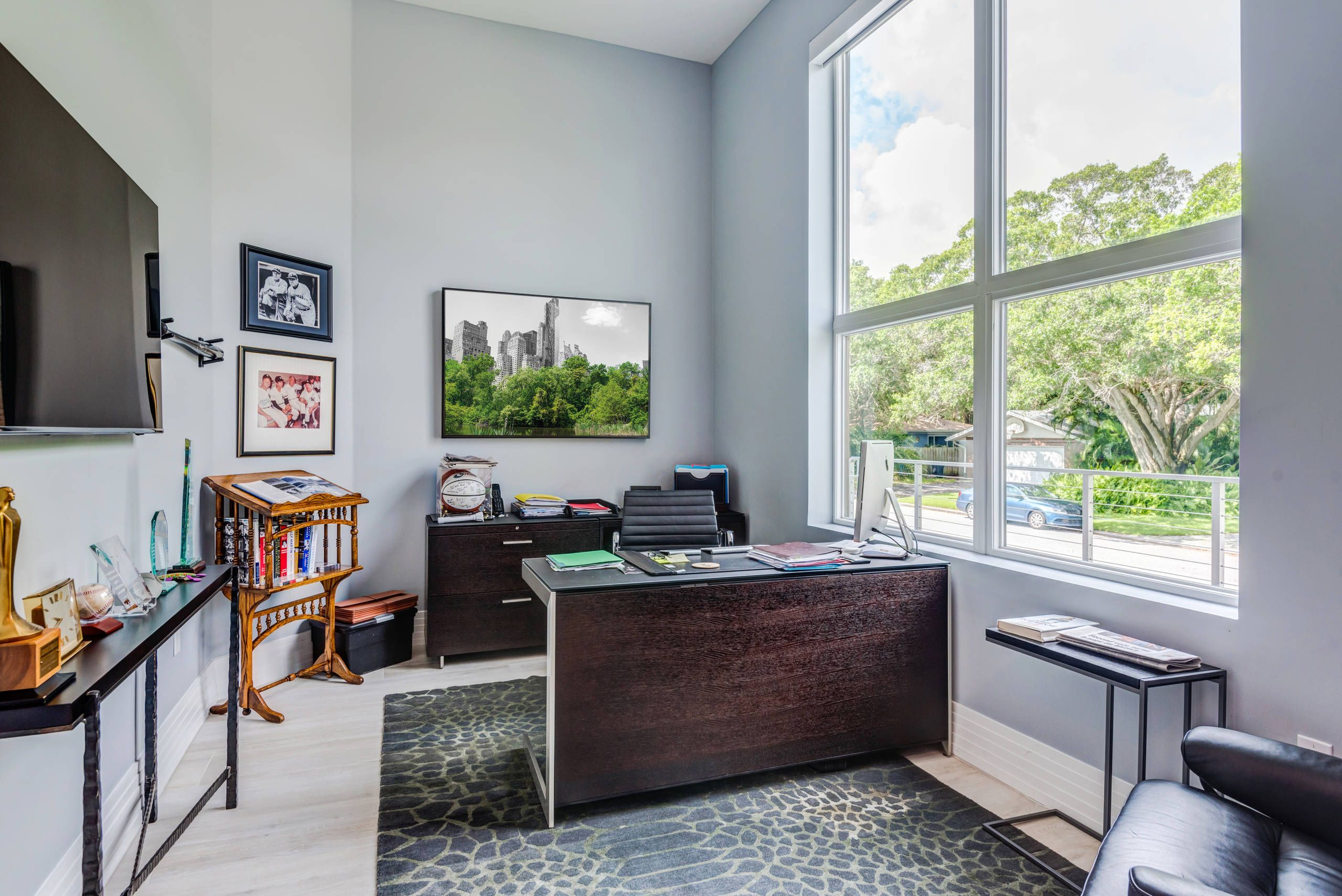 45 Stylish Home Office Design Ideas. #home #homedesign #homedesignideas  #homedecorideas #