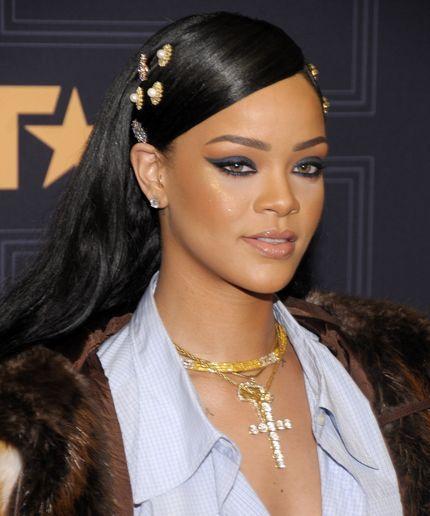 No Rihanna Isnt A PostVerbal Pop Star  Thats A Garbage Thing To Say No Rihanna Isnt A PostVerbal Pop Star  Thats A Garbage Thing To Say