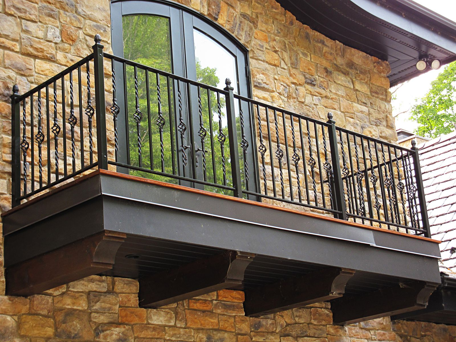 Кованые балконы французский колониальный шик и 75 его