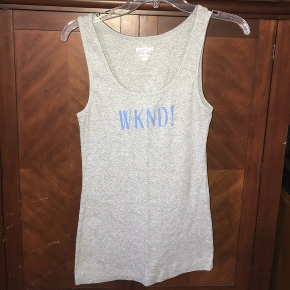 Old navy tank top Size large like new never worn Old Navy Tops Tank Tops