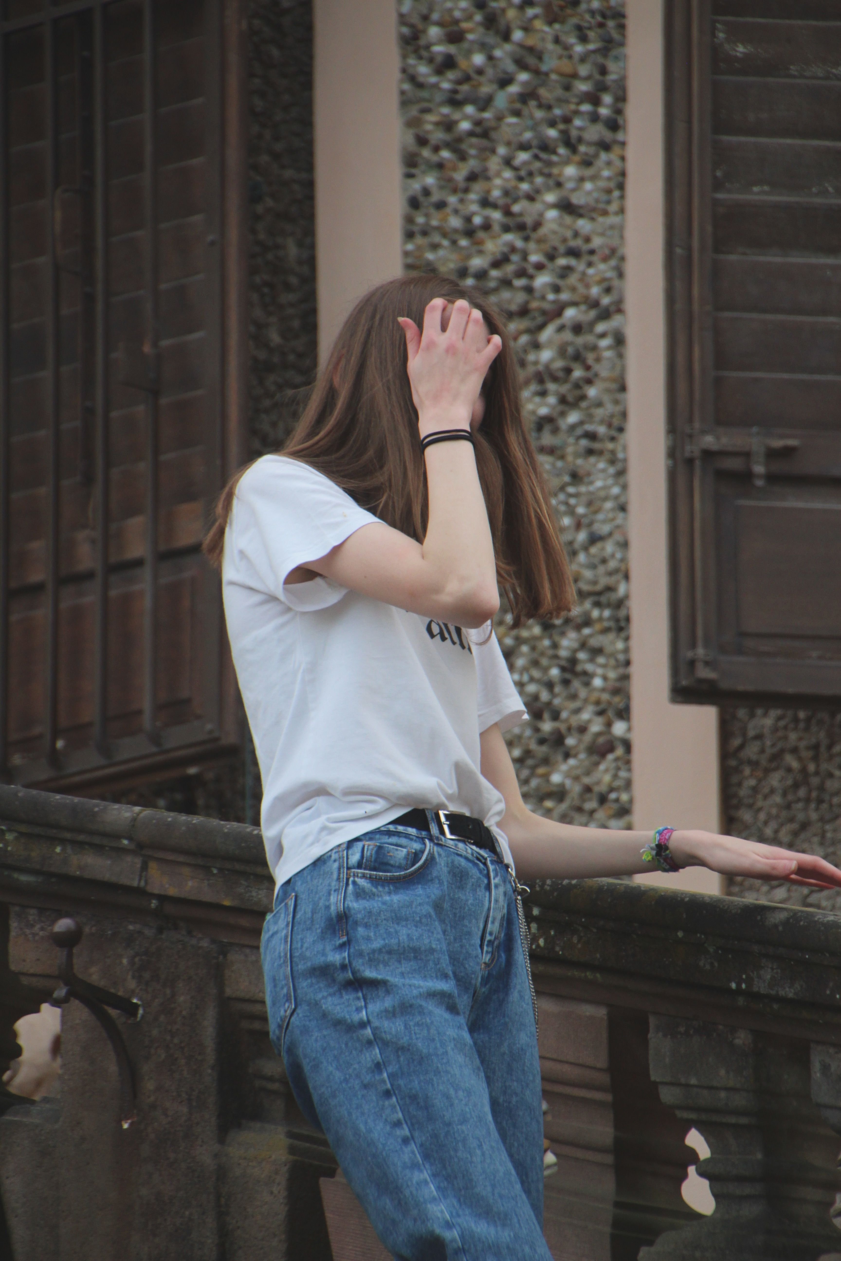 No Face Pose Face Aesthetic Girl Photography Poses Face Photography