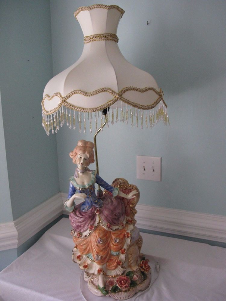 VINTAGE CAPODIMONTE TABLE LAMPVICTORIAN WOMANLARGE 41