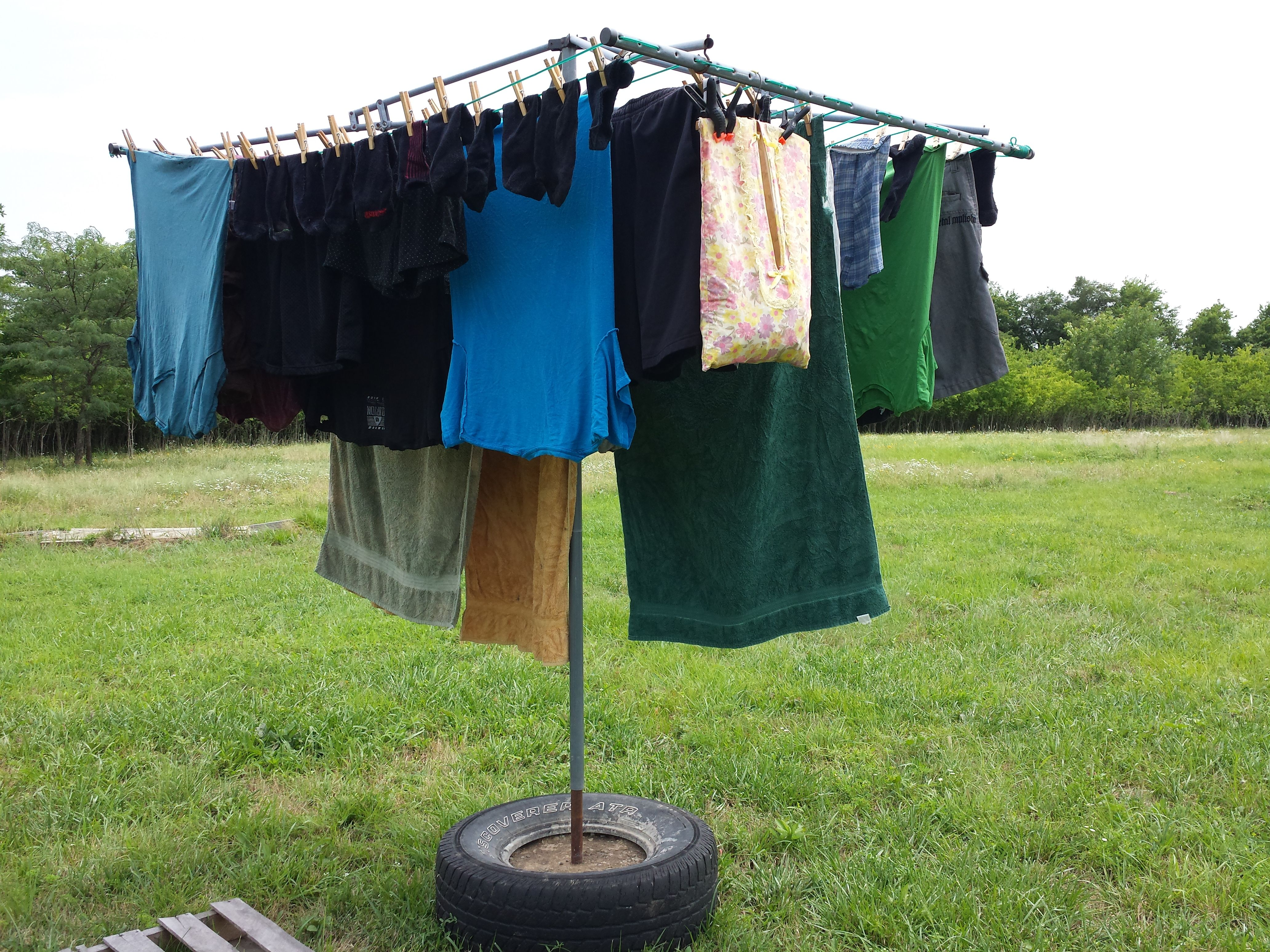 Moveable Clothesline How To  No Energy Clothes Drying