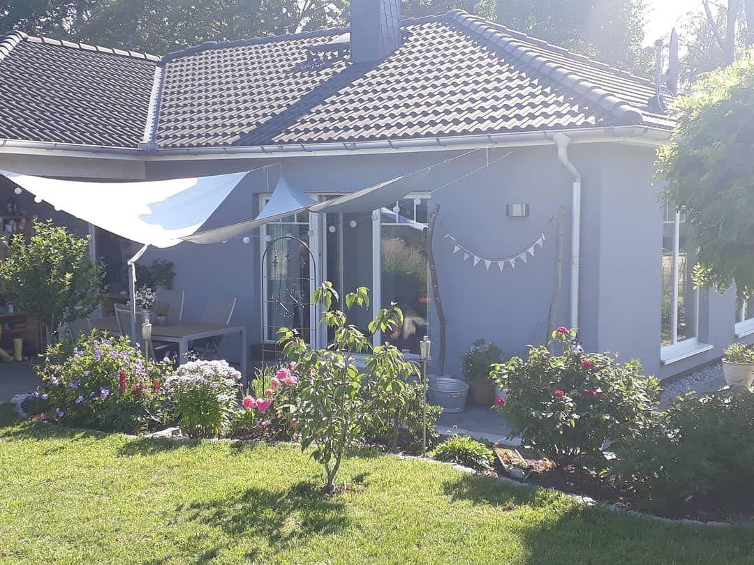 Guten Morgen Und Einen Schonen Sonnigen Sonntag Gewunscht Da Draussen Sundaymorning Weekend Sunisshining Sun Garten Deko Landgarten