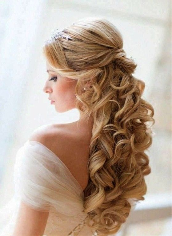 Best Half Up Curly Hairstyles Fave Hairstyles Wedding Hair Half Curly Hair Styles Wedding Hair Down