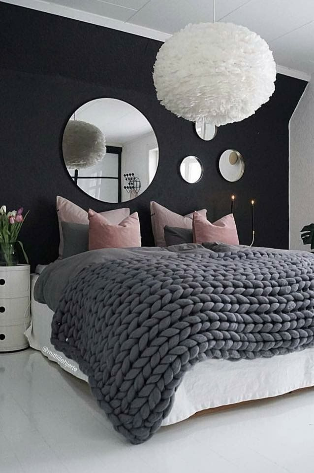 love this bedroom idea. perfect for a teen girl. like the colours and chunky knit blanket on the bed