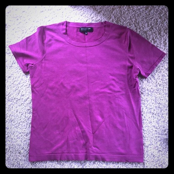 Jones New York fuchsia pink silk blend top sz L This is a fuchsia colored silk blend top from Jones New York in size large. It originally retailed around $80 and is in good condition. Thanks for looking!!!!          ***I do list my items on multiple sites, so please act fast if you really want this item*** Jones New York Tops Blouses