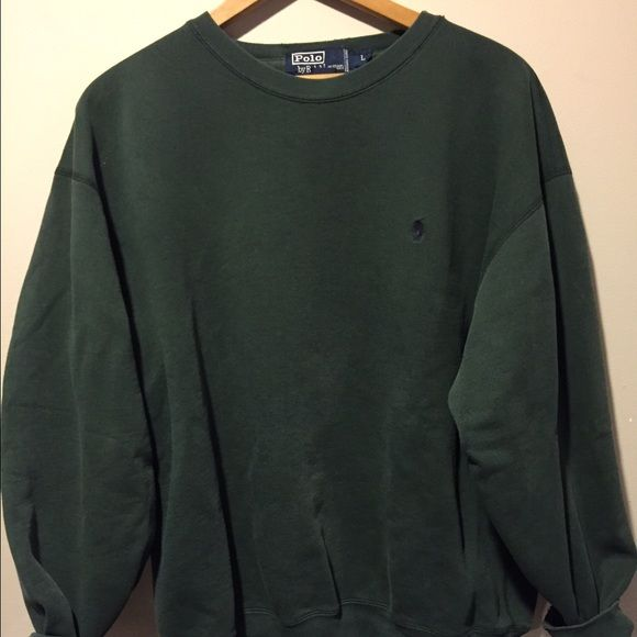 Polo sweater Lightly worn sweater in great condition...very comfortable too... Ralph Lauren Tops
