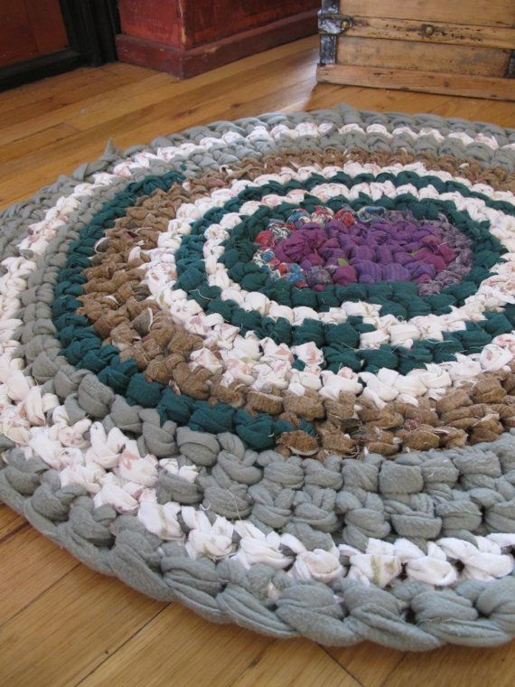 Crochet Rag Rug Made With Fleece And Flannel By Rebekahshaddy 30 00 Usd Via Etsy