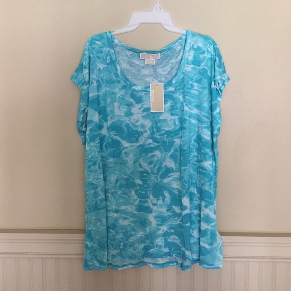 Michael Kors Pool Print Top New with tags. If it's before 2:00 I will ship it today. MICHAEL Michael Kors Tops Blouses