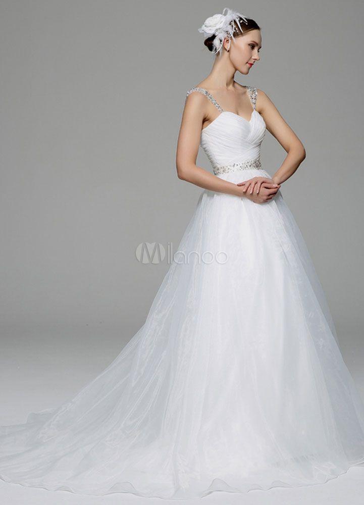 Marfil vestido de novia con escote en corazón y cuentas