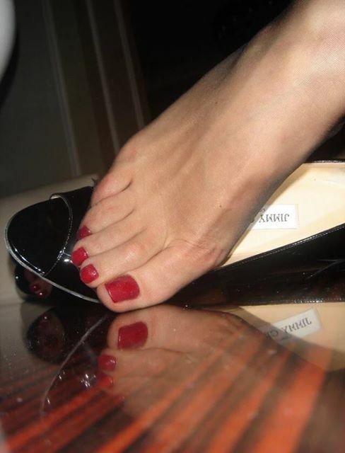 Nail polish pantyhose what that