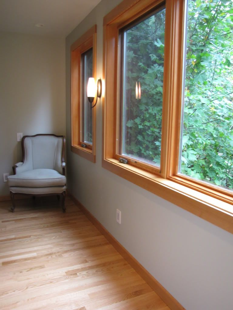 Wide plank white oak wooden floors wood trim and for Hardwood floors with white trim