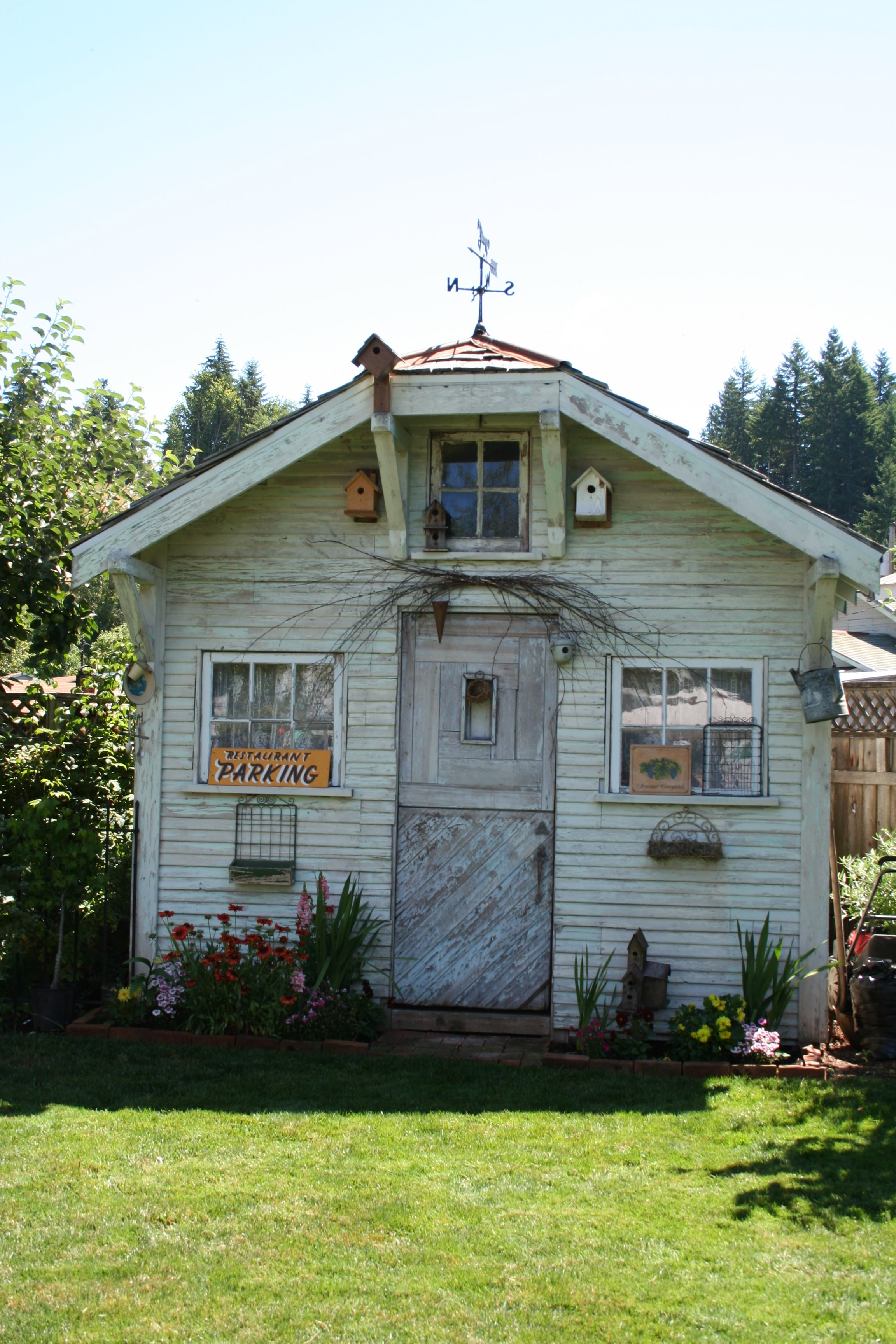 vintage garden shed at rock creek bed breakfast in vernonia oregon