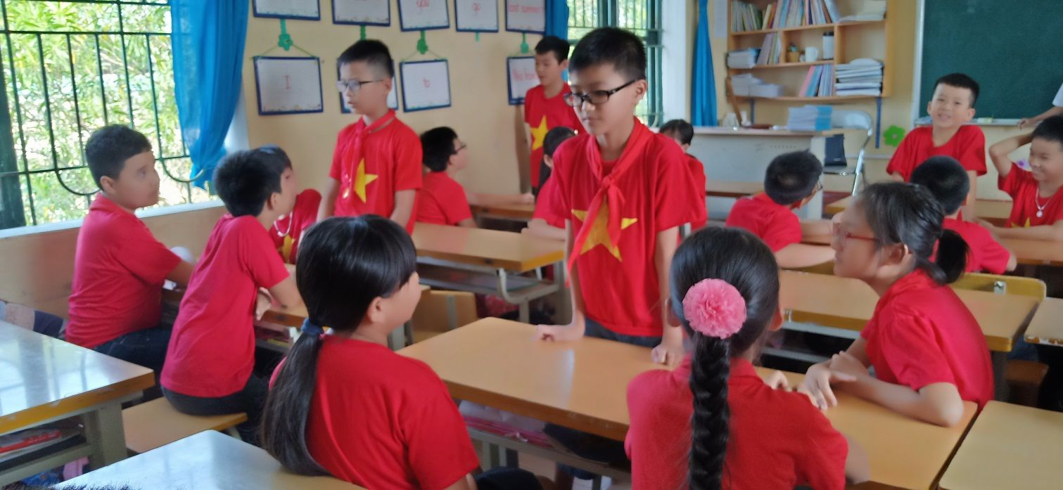 áo cờ đỏ sao vàng trường tiểu học lê Hồng Phong - Hình 3