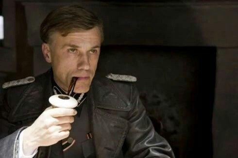Hans Landa, interprété par Christoph Waltz, dans Inglourious Basterds de Quentin Tarantino, 2008