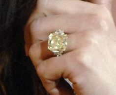 Jennifer Lopez Yellow Diamond Ring