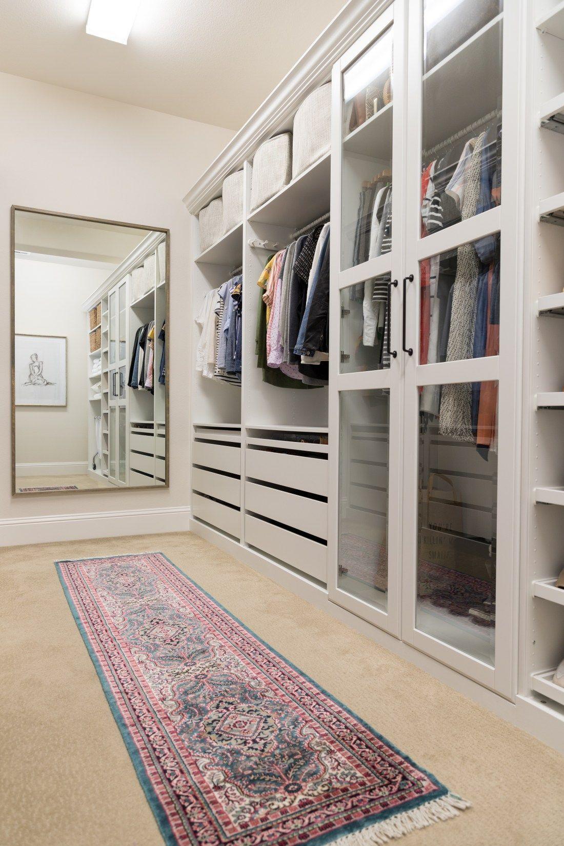 Walk In Closet Makeover With Ikea Pax Schlafzimmer Schrank Ideen Schrank Planen Ankleide Zimmer