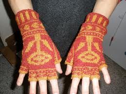 In case you wanted to make me some hand warmers/gloves but decided against R2D2... these would also win me over