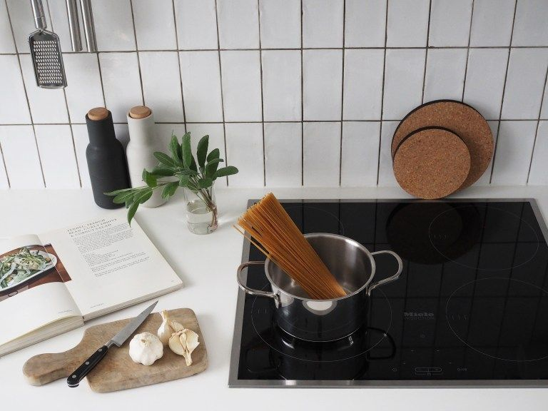 Lessons in designing a minimal kitchen, with Miele [spon] - catesthill.com