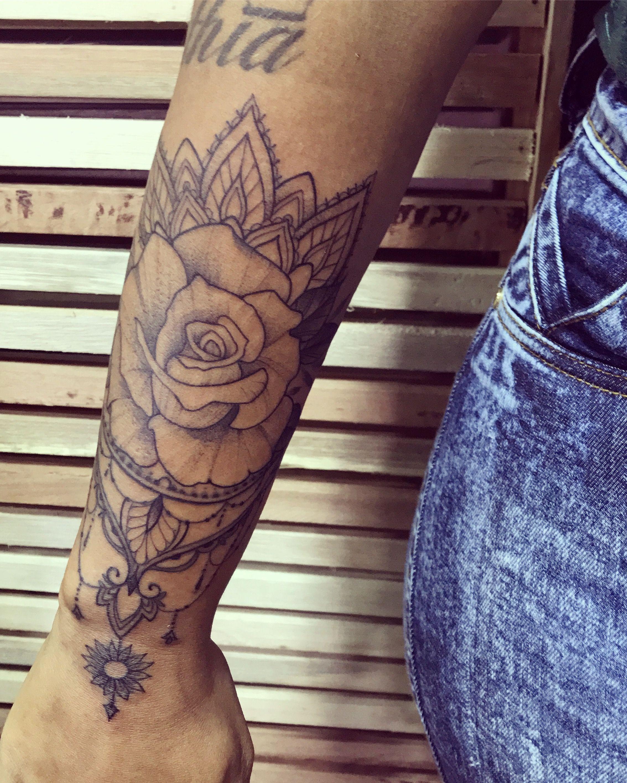 pin von regina neufeld auf tattoos pinterest tattoo. Black Bedroom Furniture Sets. Home Design Ideas