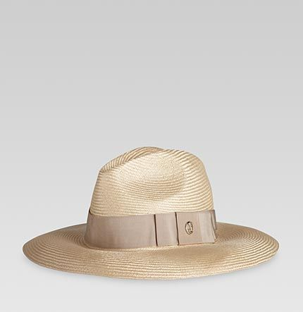 Gucci straw hat for beach chic  fc65eb78217