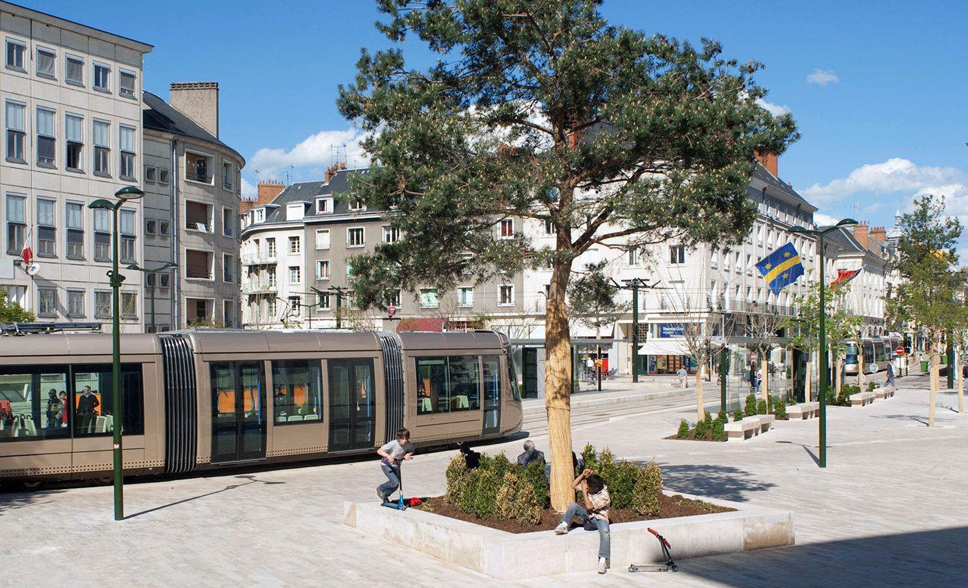 Richez associ s la ligne b du tramway d 39 orl ans tram pinterest le tramway orleans et - Horaire tram orleans ligne a ...