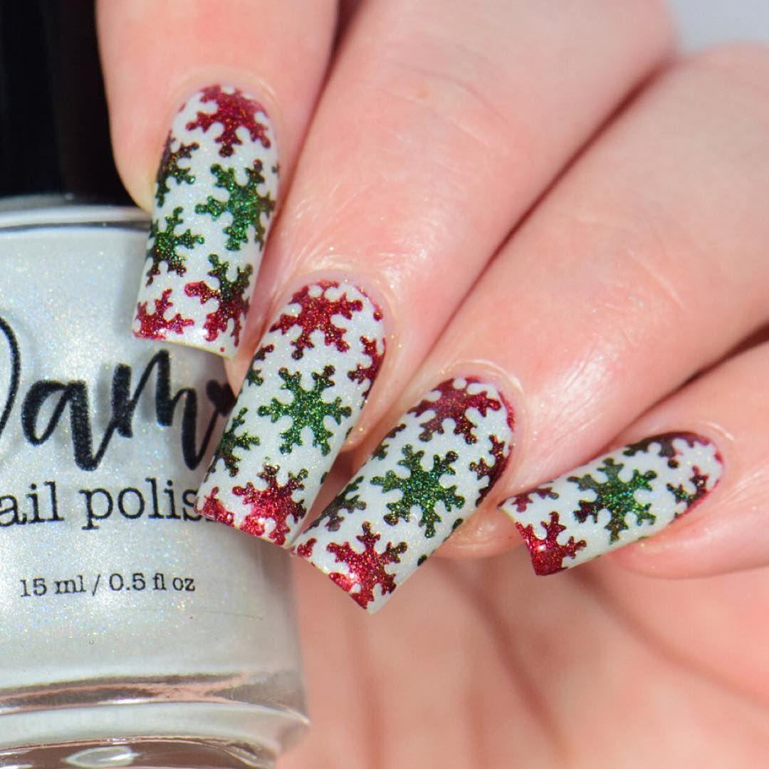 Snowfall Stencils in 2019 | nails | Christmas nail art