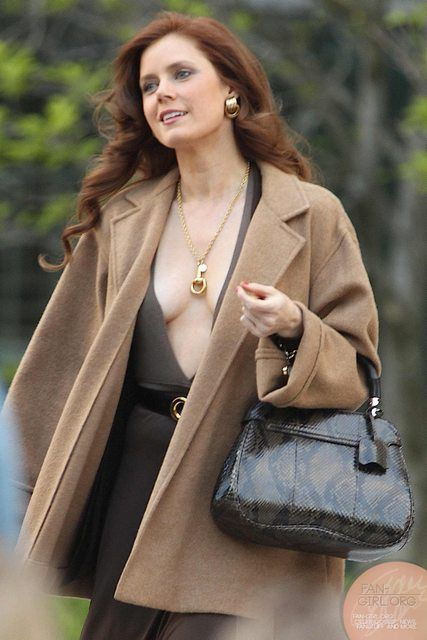 Girl Crushes Amy Adams In American Hustle And Margot Robbie In