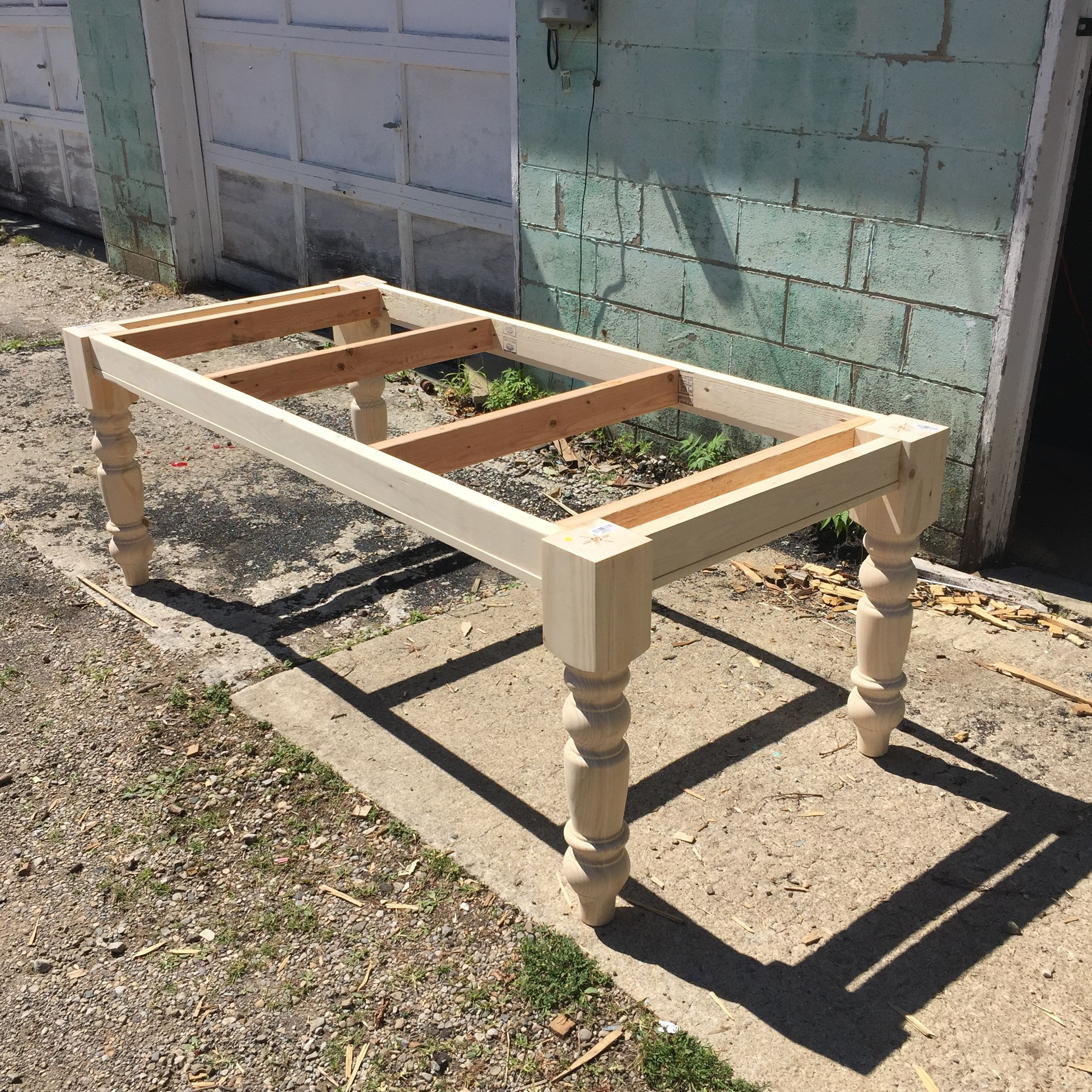 Build A Kitchen Table: Farmhouse Table Frame With Added Support.
