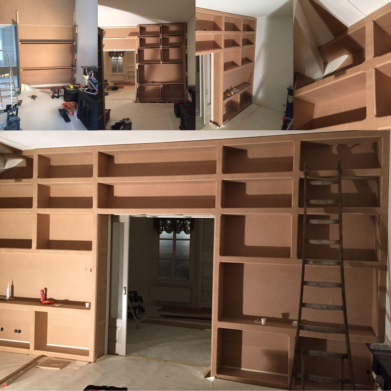 grote boekenkast in aanbouw 650x325m