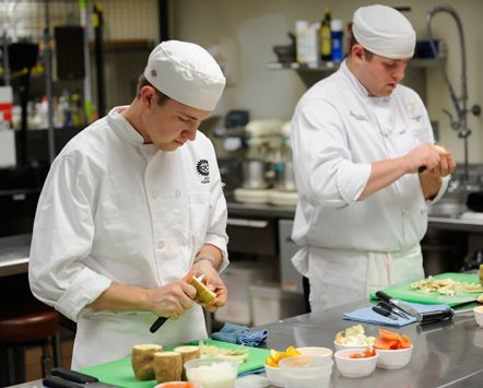 At JCCC you can obtain a degree in Hospitality Management field including chef apprenticeship, food and beverage management and hotel and lodging management.     http://www.jccc.edu/hospitality-culinary/