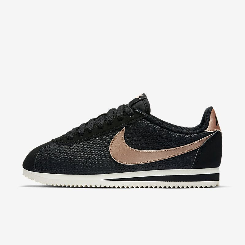 Nike Classic Cortez Leather Lux W shoes black