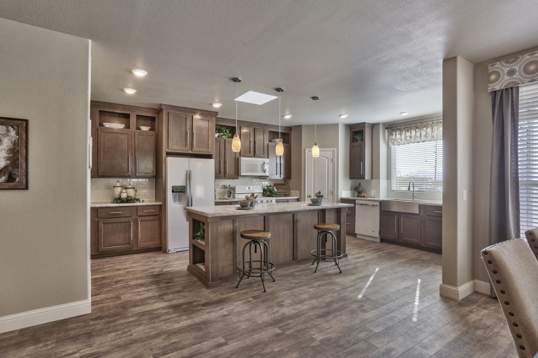 Champion Arizona 3 Bedroom Manufactured Home Skyland for $109511 | Model AF3262 from Homes Direct