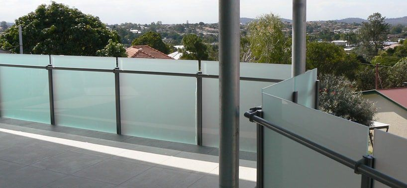 Best I Really Like The Look Of This Frosted Glass Railing On 400 x 300
