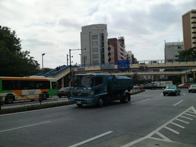 Tengenji Crossing.  Hiroo.Shibuya-ku.