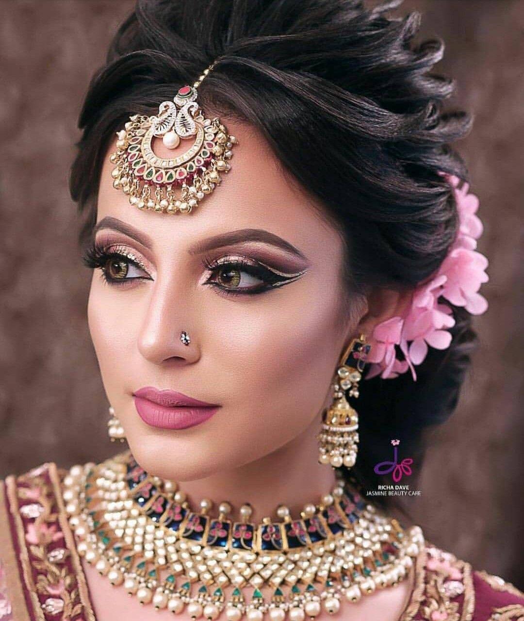Pin by seema yadav on Bridal   Indian wedding hairstyles, Indian bridal hairstyles, Indian ...