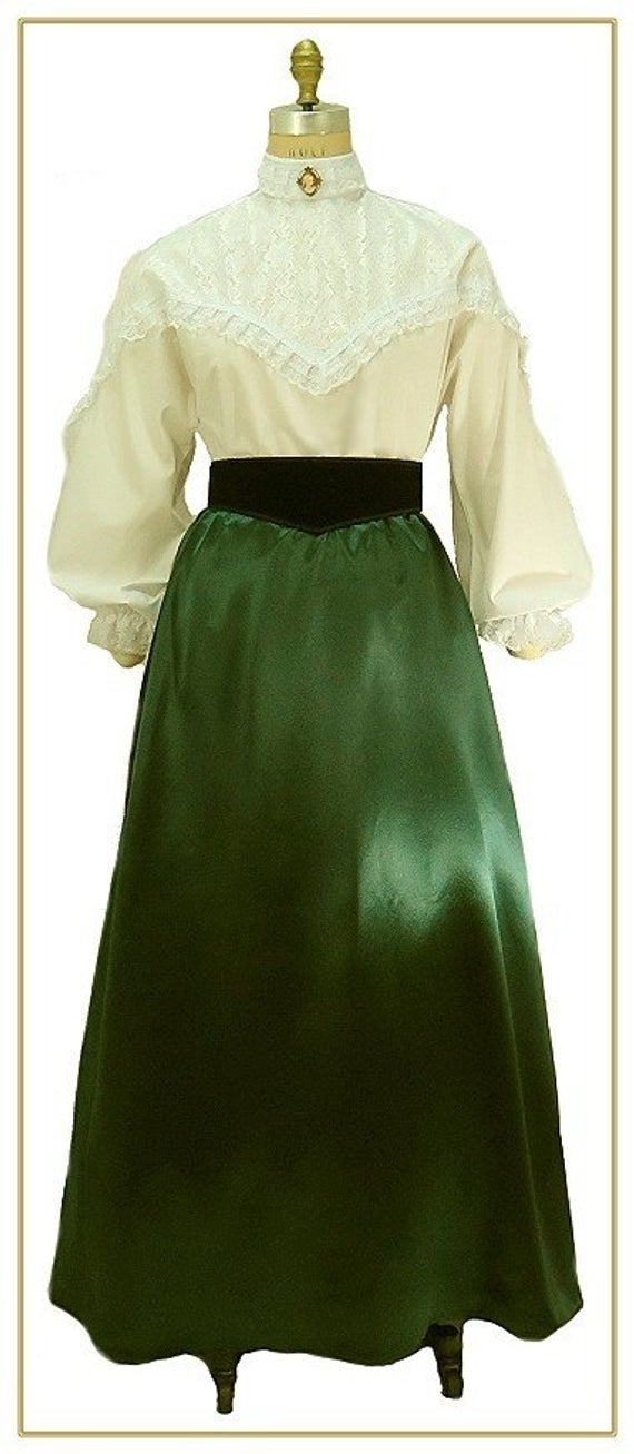 Victorian Costumes: Dresses, Saloon Girls, Southern Belle, Witch #dressesfromthesouthernbelleera Victorian Costumes: Dresses, Saloon Girls, Southern Belle, Witch #dressesfromthesouthernbelleera