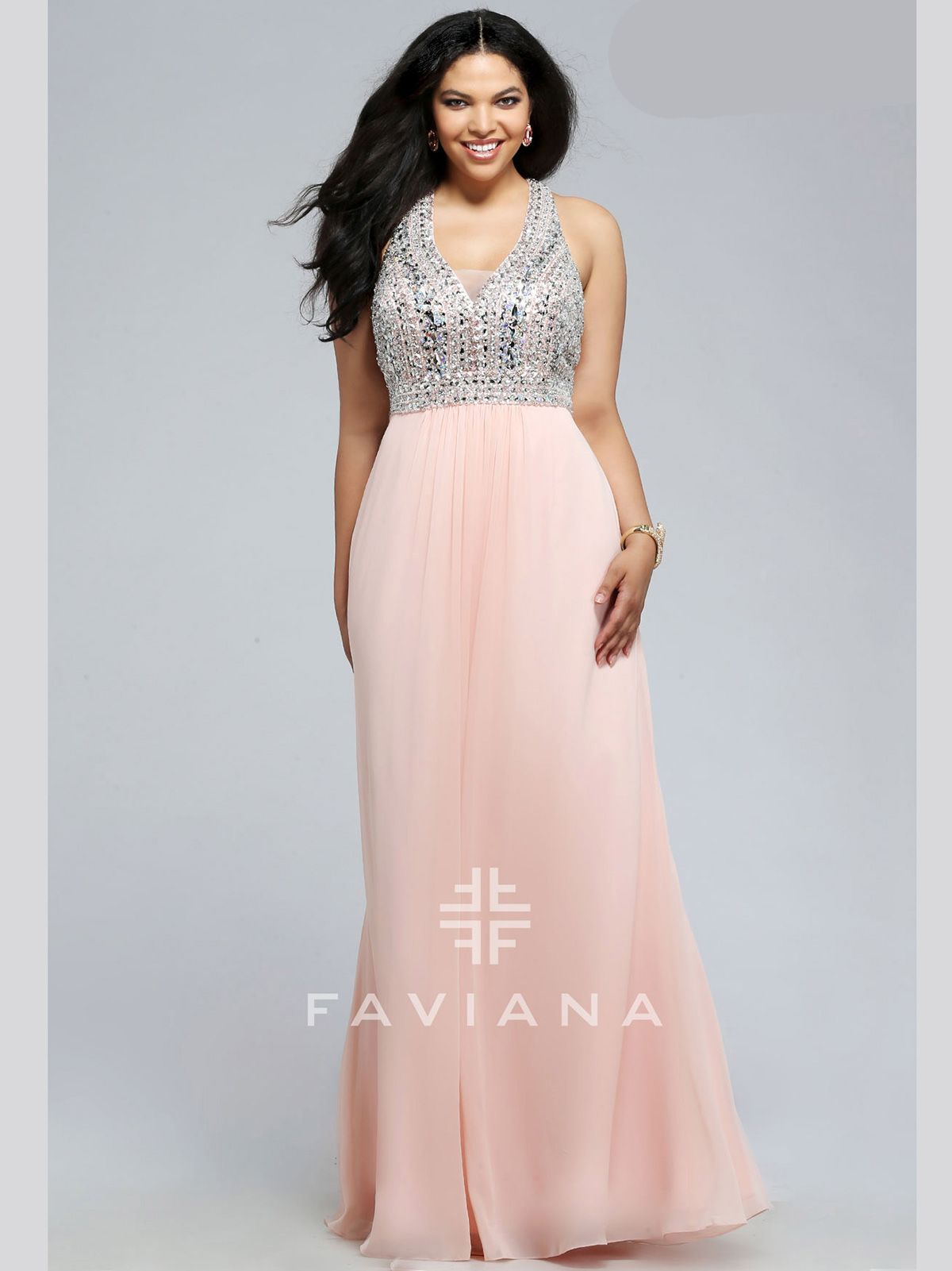 Make the ultimate impression in this gorgeous Faviana Curve prom ...