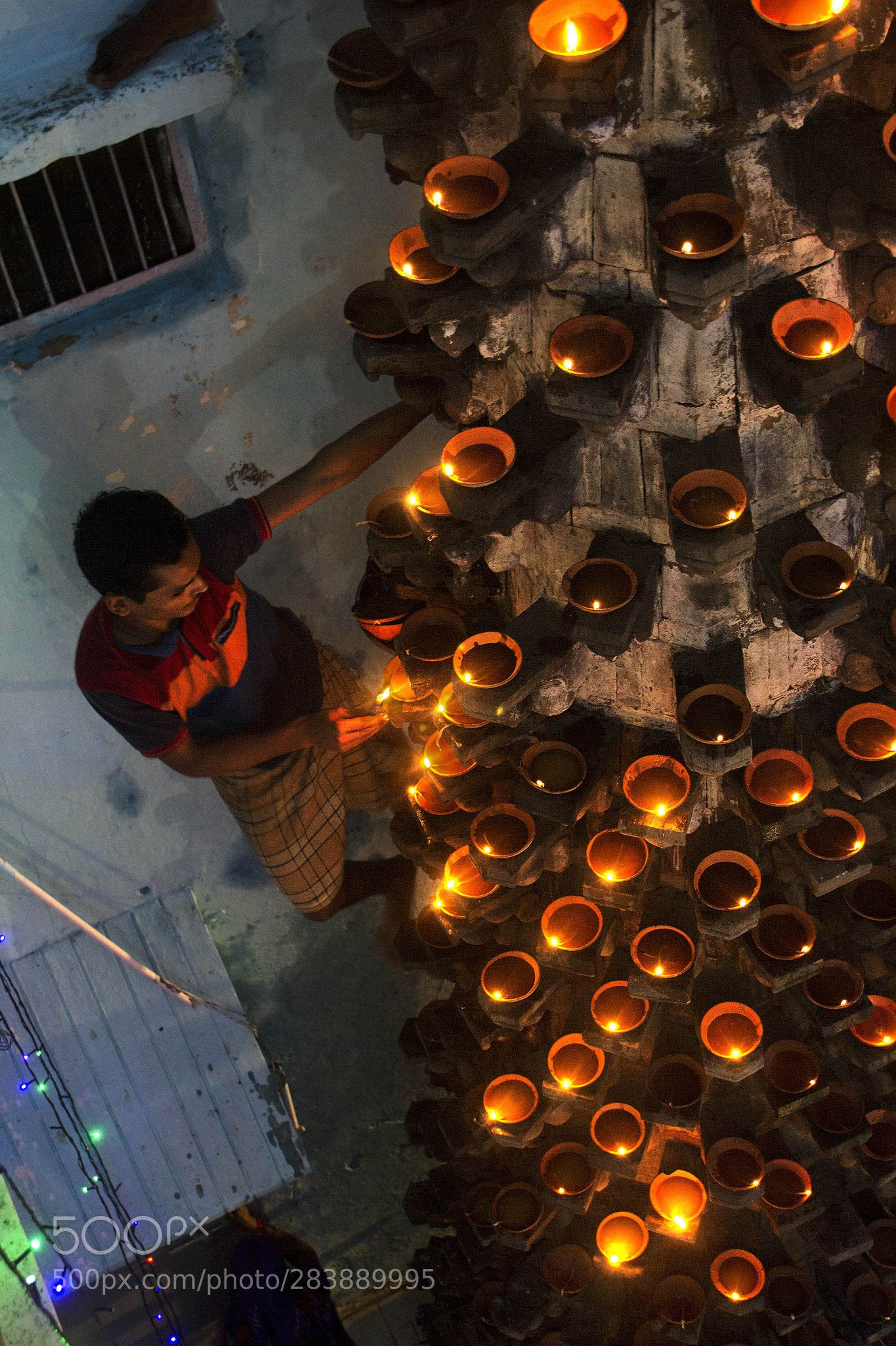 Column Of 1001 Lamps A Top Down View Dev Deepavali Is A Famous Festival Celebrated Every Year At The Holy City Varan Dev Deepawali Frequent Flyer Miles Ganges